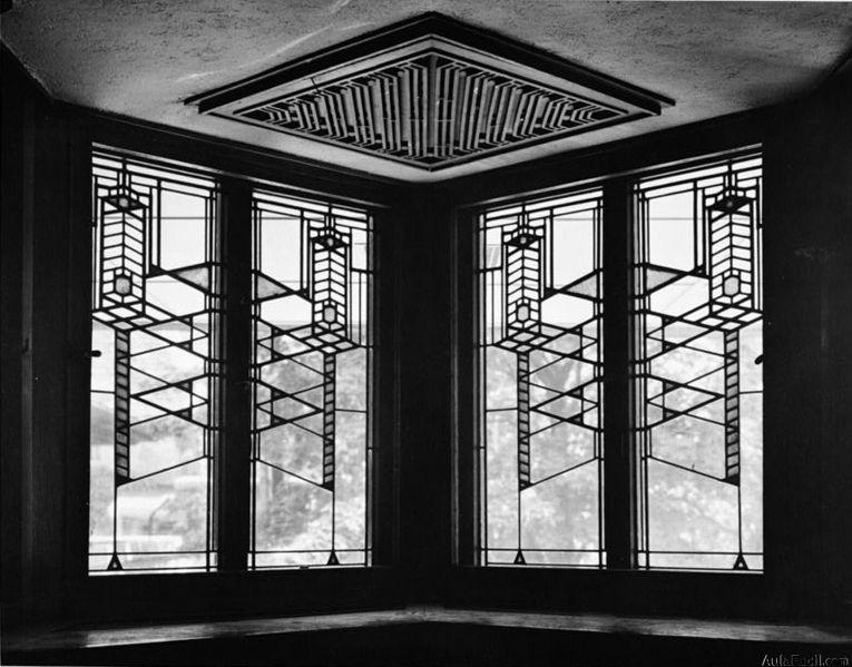 Lloyd Wright blanco y negro