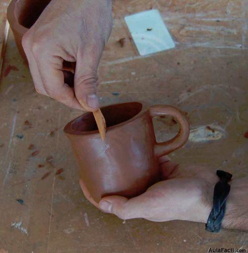 Elaboraci n de taza con proceso de ahuecado hornear for Tecnicas para esmaltar ceramica