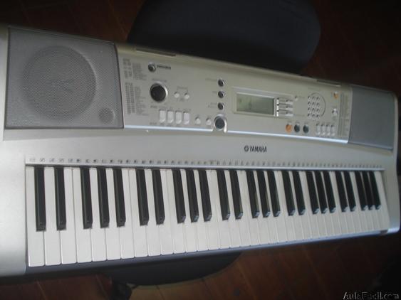 reparación de piano eléctrico