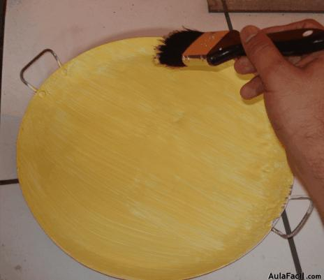 pintura color amarillo