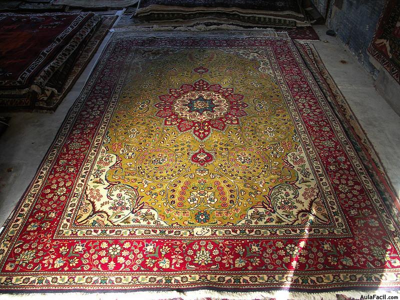 Curso gratis de b squeda de un estilo en la vivienda for Alfombras estilo persa