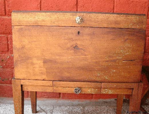 Curso gratis de restauraci n de muebles de madera colocar los tiradores los - Clases de restauracion de muebles ...