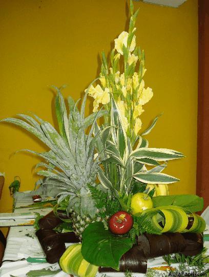 Arreglo con frutas arreglos florales con flores naturales - Arreglos florales con flores artificiales ...