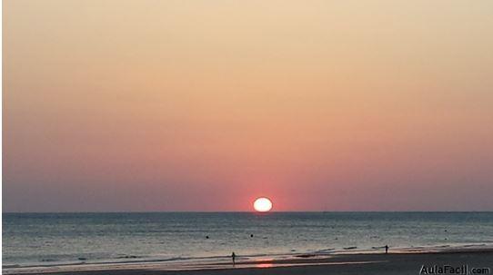 Beneficios de caminar por la playa. Salud  Aulafacil.com