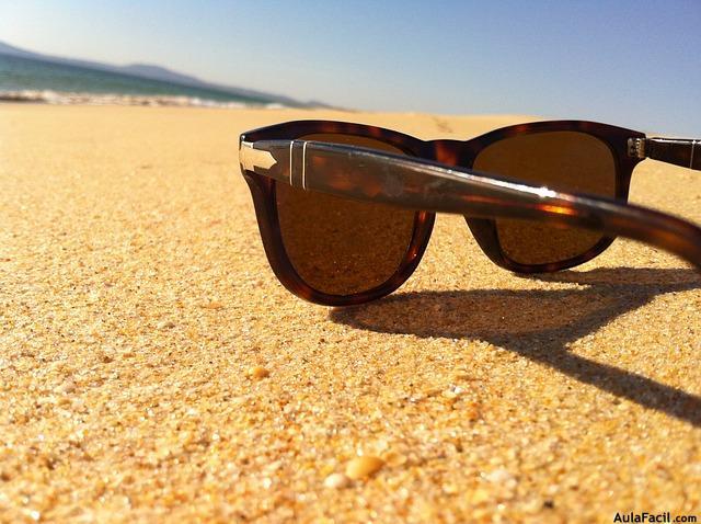 59e1ca5c66 Las gafas de sol son para muchos un complemento indispensable a la hora de  salir de casa. ...