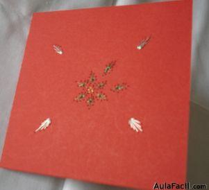 tarjeta con diseño de pascua o floral
