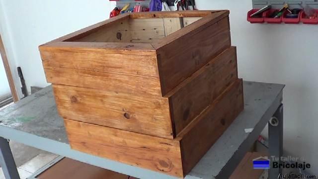 Curso gratis de c mo hacer muebles de madera con palets for Como hacer muebles de madera gratis